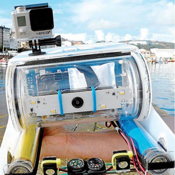 Un emprendedor ribeirense lanza al mercado el primer dron submarino de Galicia.